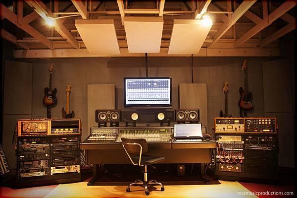 Recording-Studio-Control-Room-Mas-Music-Productions-Los-Angeles-CA-900422-e1366853360598