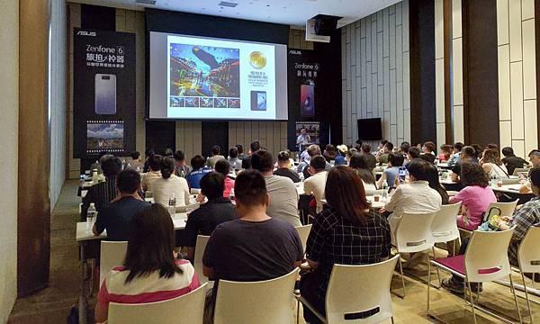 「ZenFone 6 用戶專屬學堂」於8月4日起,每個周末於全台巡迴舉辦,場次陸續增加中,ZenFone 6用戶可於華碩官方網站線上報名。