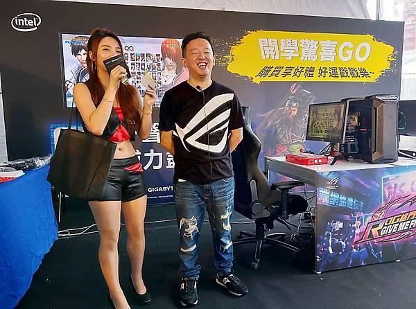 ROG玩家共和國宣布邀請世界格鬥冠軍ET林家弘擔任ROG品牌大使,未來ROG玩家共和國將提供最強悍的電競設備成為其堅強後盾,攜手征戰世界各大賽事!