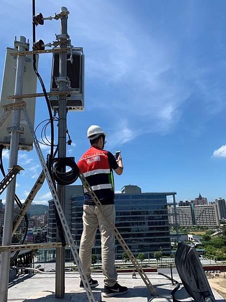 遠傳今(28)日宣布,完成全台第一個4G LTE與5G NR雙連接測試,為台灣5G發展立下全新的里程碑!