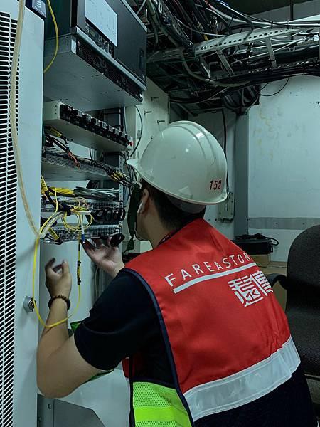 遠傳成功將現網4G LTE網路與5G NR雙連對接,為2020年5G商用發展再向前邁進一大步!