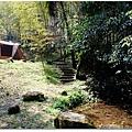 帳篷下層的水池.jpg