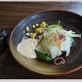 沙拉與小米酒.jpg