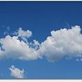 今天的天好藍.jpg