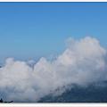 再雲霧上看山下.jpg