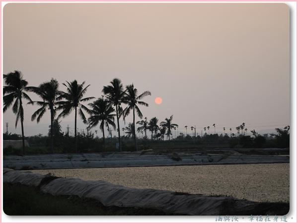 水簾田旁的美濃夕陽.jpg