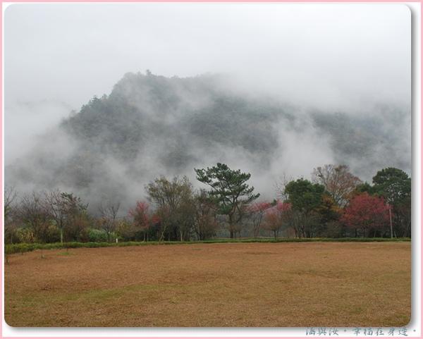 霧慢慢散去.jpg