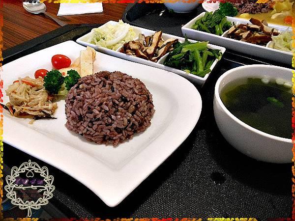 08蔬食餐(鍋邊素)套餐($90)