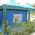 已經不像帳篷了,像一個行動屋一樣,最主要的是價格非常平價哦.