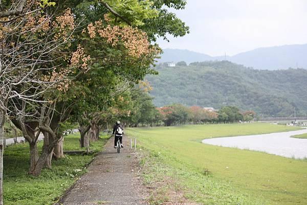 太平山愛琴海民宿附近的安農溪自行車道
