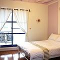 蔚藍海岸二樓樓中樓四人套房