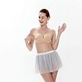 台日韓國隱形胸罩引發搶購潮bobobra充氣無痕內衣胸罩功能試範新秘豐胸內衣推薦