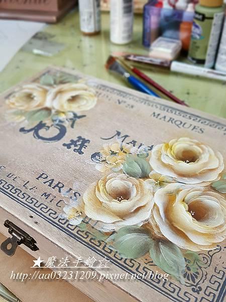 日本雜貨盒子-彩繪玫瑰