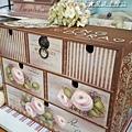 玫瑰彩繪桌上型六抽櫃-彩繪教學