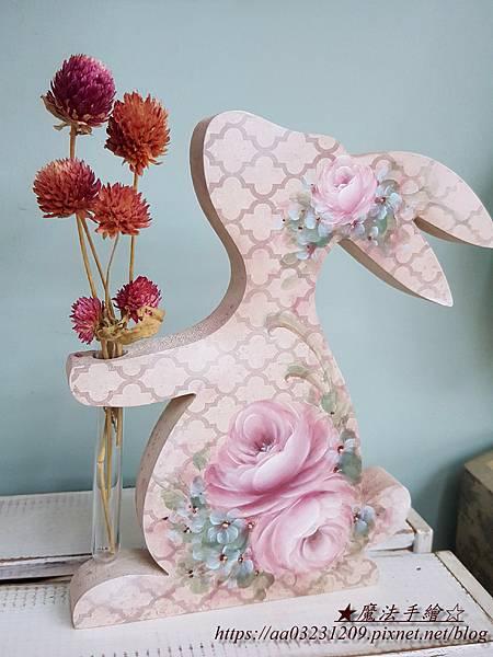 彩繪玫瑰-花兔彩繪-魔法手繪