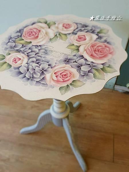 魔法精緻手繪坊-彩繪花邊桌