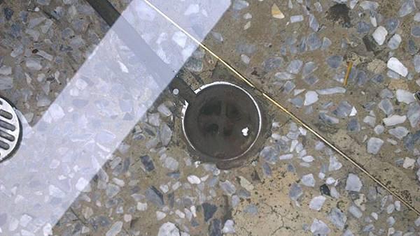 水管阻塞.jpg