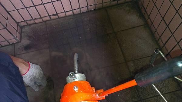 水管不通1.jpg