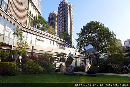 Lawn view1_20150905