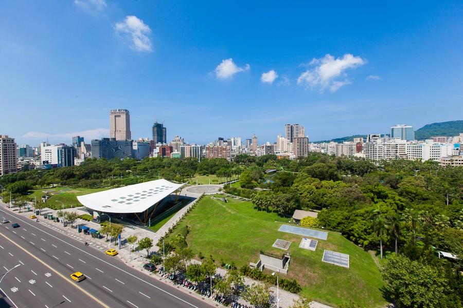 高雄中央公園、綠意、公園、豪宅、房地產、社區大樓、休閒-02