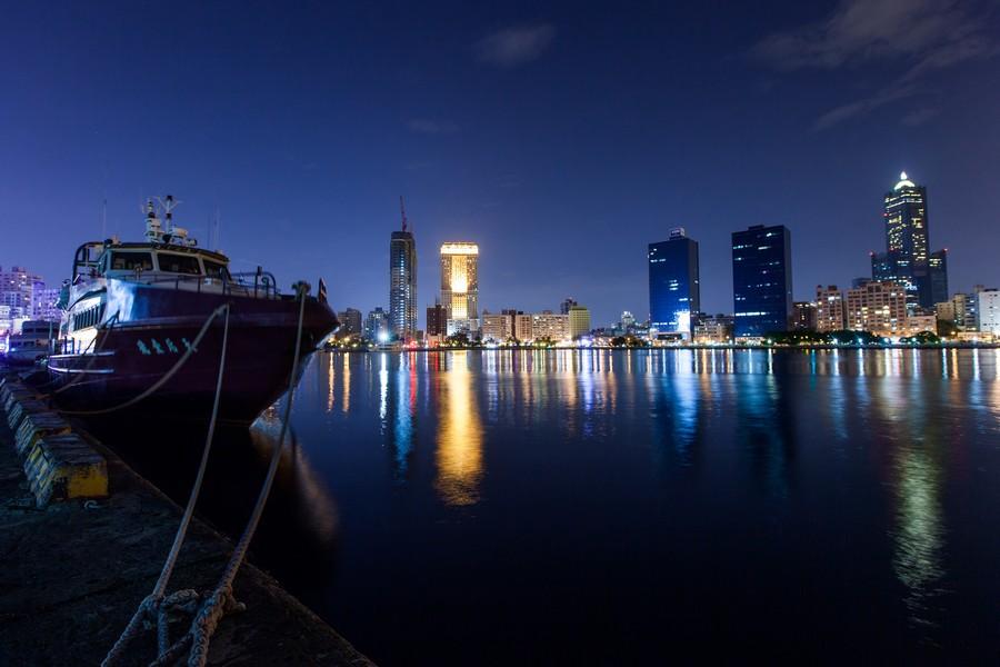 高雄港、港口、85大樓、漢神百貨、海邊、夜景-05