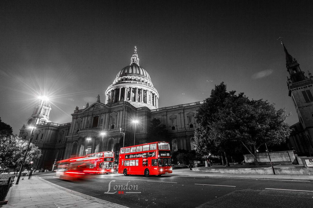 英國三紅、倫敦、聖保羅大教堂、雙層巴士-01.jpg
