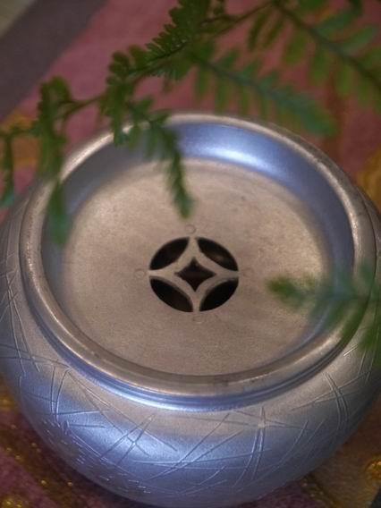F60純鍚小水方花器-3