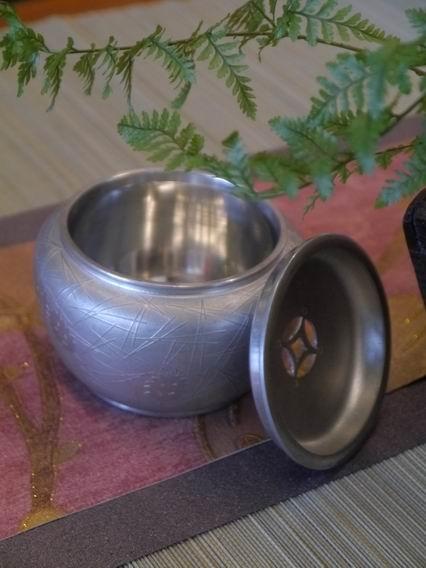 F60純鍚小水方花器-4