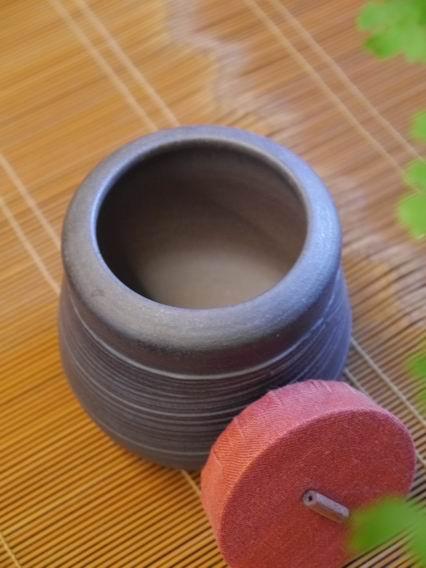 A27霧黑刷紋茶罐-3