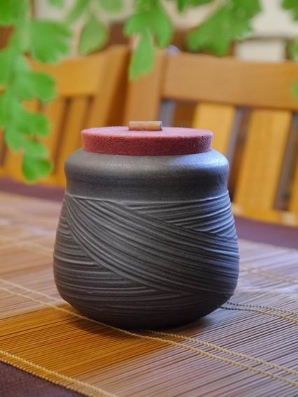 A27霧黑刷紋茶罐-1