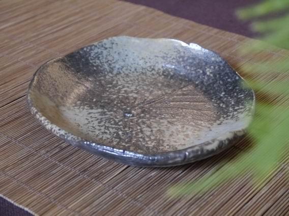 荷葉陶盤-3