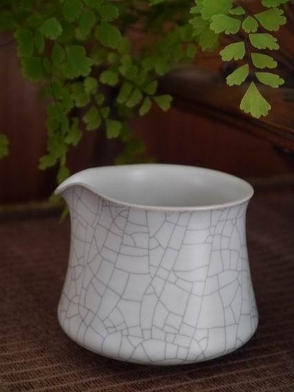 A1白冰裂茶盅-1