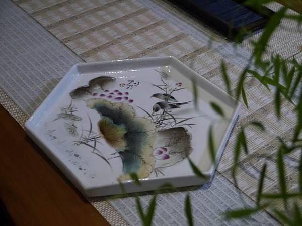 Q6六角瓷盤-4