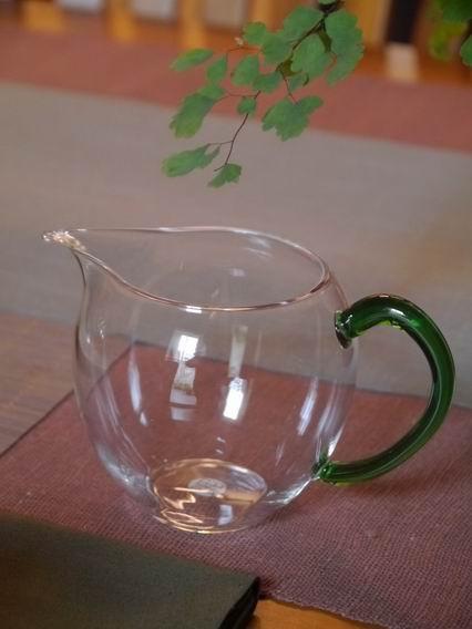 綠把玻璃茶盅-1