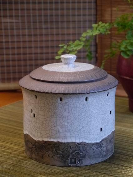1斤土樓大茶罐-1
