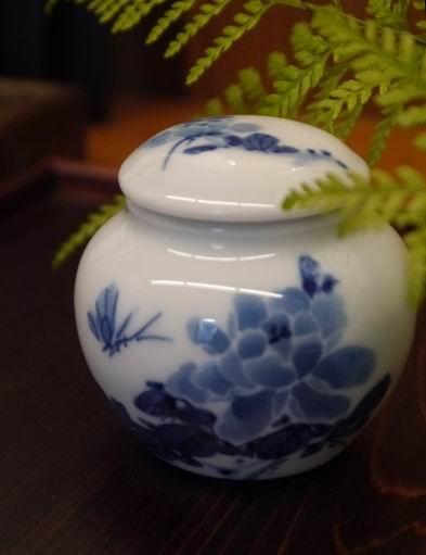 牡丹青花茶罐-3