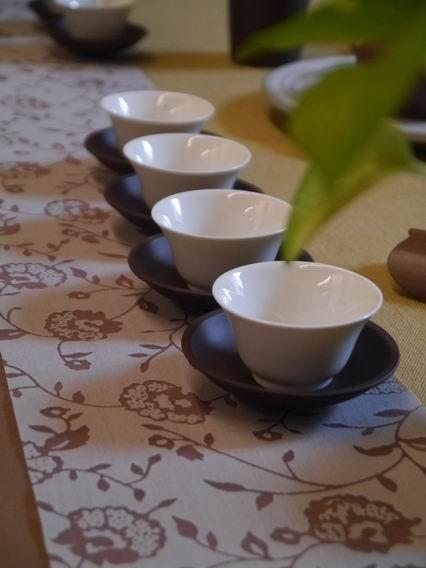 縷空花紋茶巾B01-3
