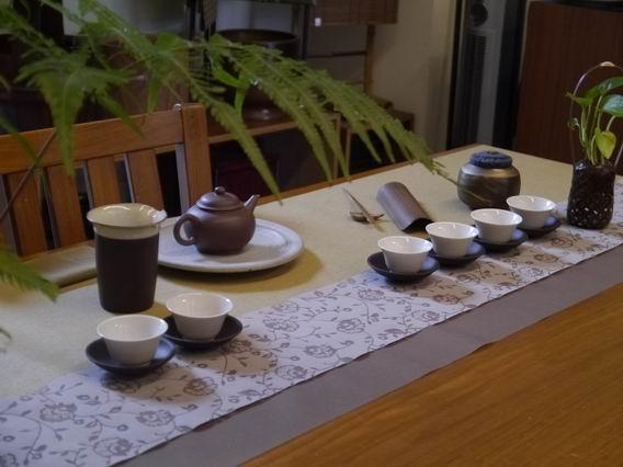 縷空花紋茶巾B01-4