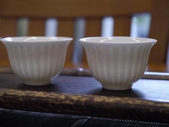 菊瓣瓷杯-3