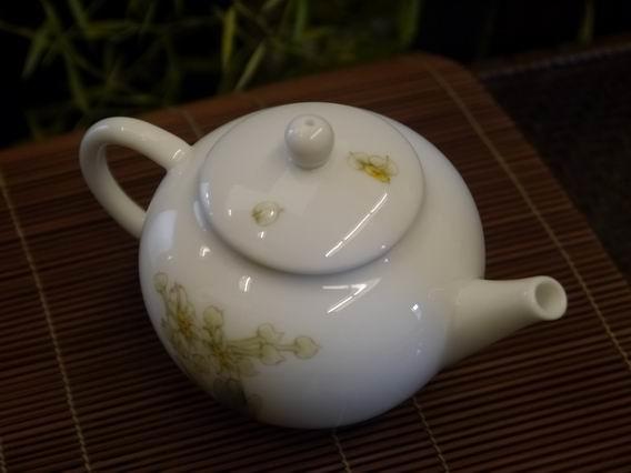 水仙小瓷壺-4