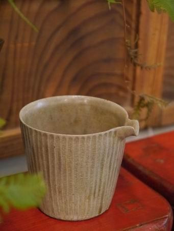 e27-2茶盅-3.JPG