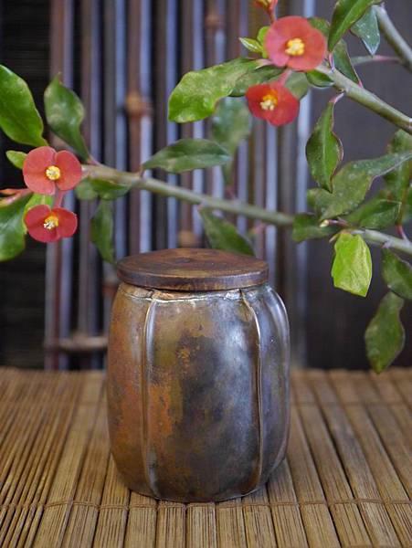 手打銅木蓋小茶罐-3.JPG
