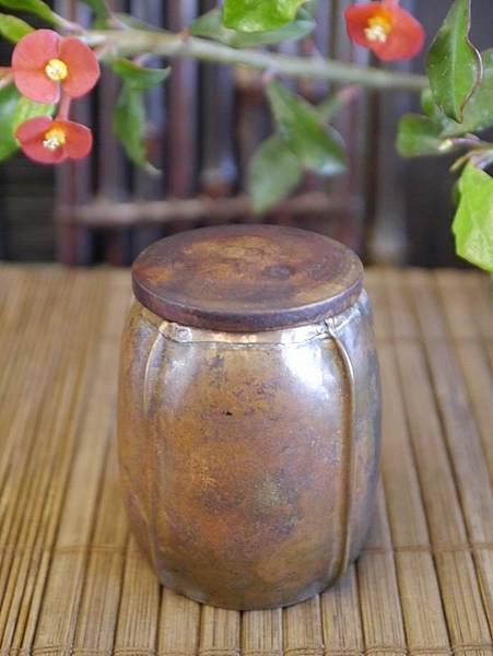 手打銅木蓋小茶罐-4.JPG