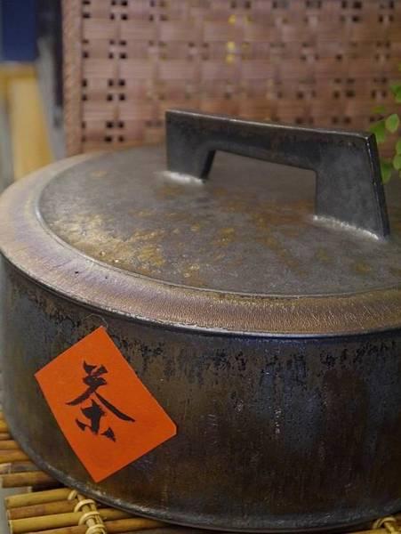 墨金茶餅盒-2.JPG