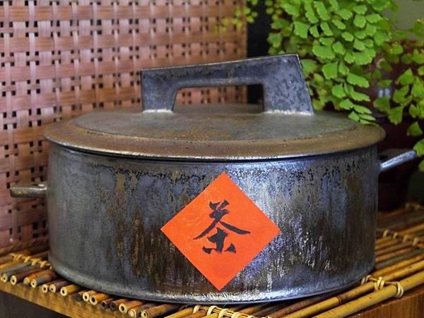 墨金茶餅盒-1.JPG