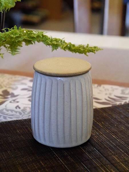 A40素直茶罐-1.JPG