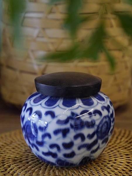 Q50青花木蓋茶罐-2.JPG