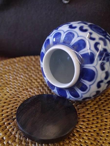 Q50青花木蓋茶罐-4。.JPG