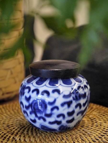 Q50青花木蓋茶罐-1.JPG