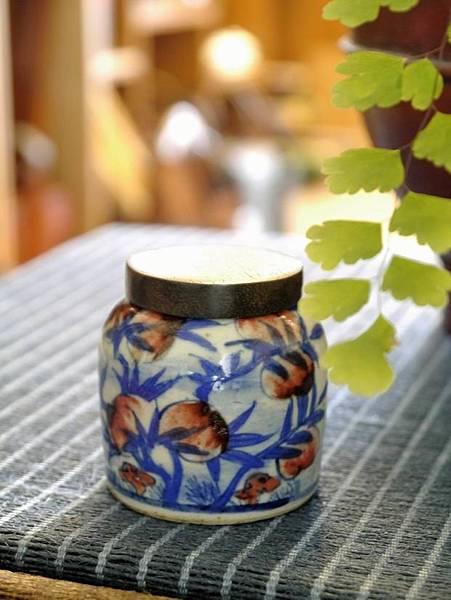 木蓋柿子小茶罐-1.JPG